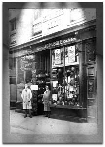 Hubbles in 1910 in Maidstone Kent