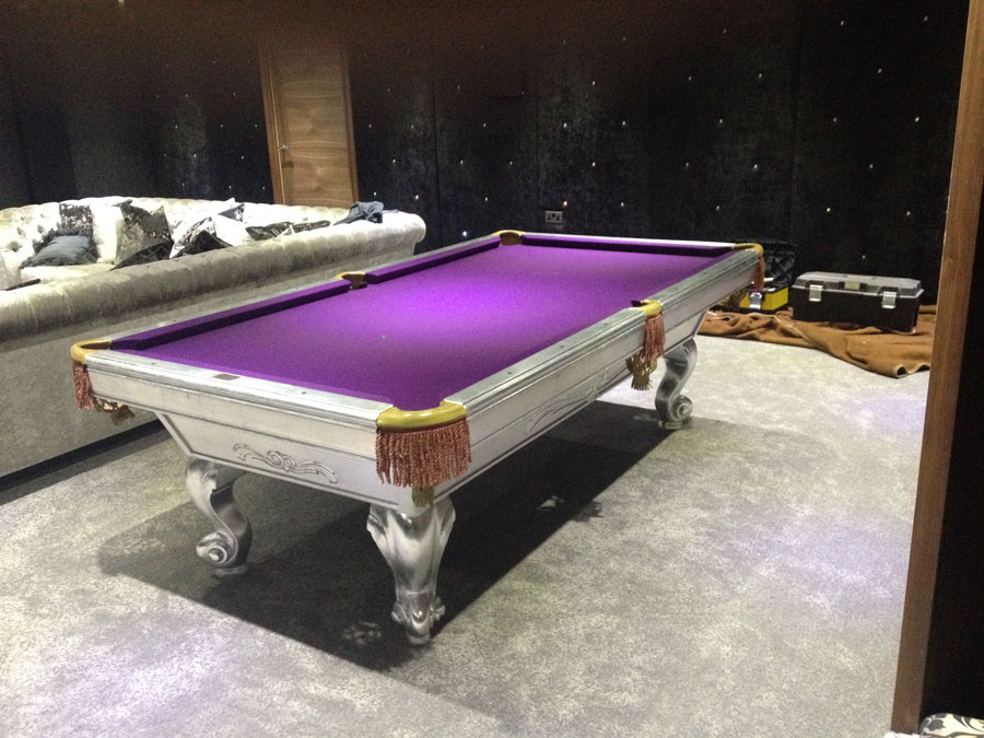 Custom Pool Table – Gilded Silver