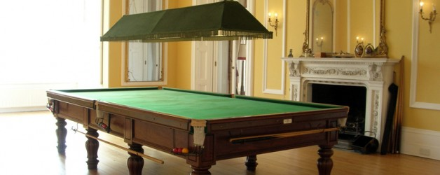 FULL SIZE SNOOKER TABLE - George Wright Tulip Leg Billiard Table